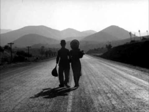 Charles Chaplin - Les temps modernes - YouTube