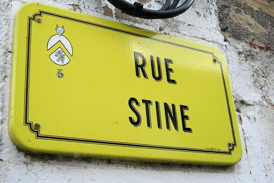Les 20 noms de rues les plus improbables de France B_1_q_0_p_0.jpg?u=http%3A%2F%2Fwww.linternaute.com%2Fhumour%2Fmagazine%2Fphoto%2Fnoms-de-rues-insolites%2Fimage%2Frue-velo-667244