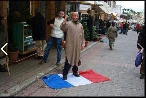Ceux qui salissent chaque jour notre drapeau tricolore ...