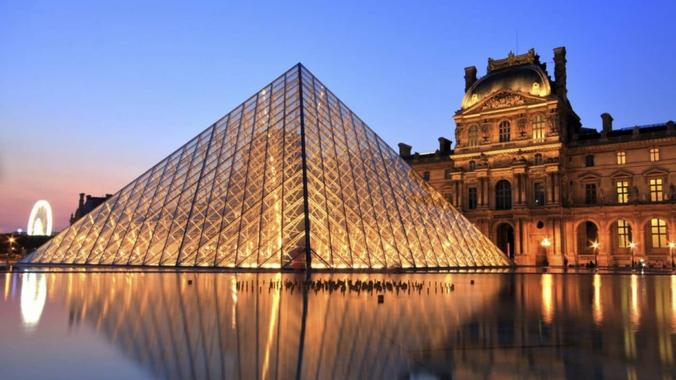 Le Louvre annonce la date de sa réouverture prochaine ...