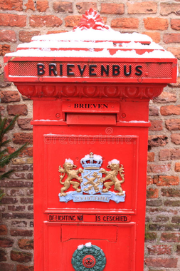 Ouderwetse Rode Nederlandse Brievenbus Stock Afbeelding ...
