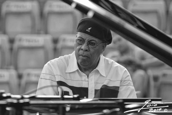 MUSICGRAFIAS © goio villanueva jazz photographer: Chucho ...