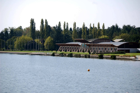 Plan d'eau Vichy et Palais du Lac - Yelp