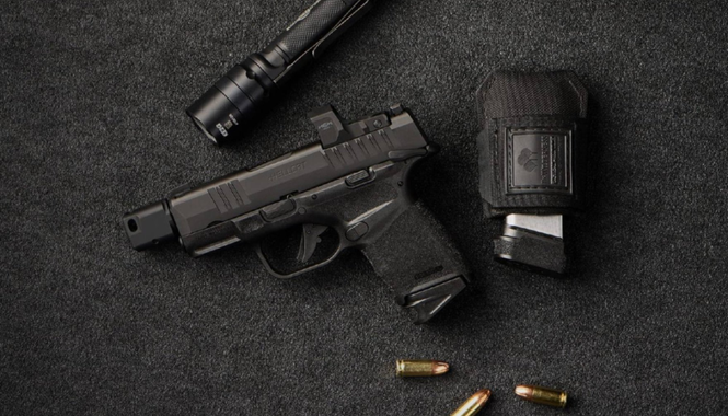 Compact simple colonne, Glock 43x, Walther PPS ou autre  Springfield-armory-hellcat-rdp-9mm-pistol-with-magazines.jpg?u=https%3A%2F%2Fwww.all4shooters.com%2Fen%2Fshooting%2Fpistols%2Ffrom-springfield-armory-a-full-rapid-defense-package-the-new-hellcat-rdp-pistol%2Fspringfield-armory-hellcat-rdp-9mm-pistol-with-magazines.jpg%3Fcid%3D1g67