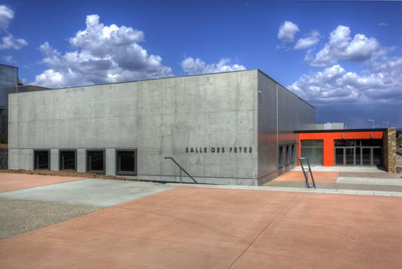 Hall d'exposition pour séminaires : Osco manosco - Gréoux ...