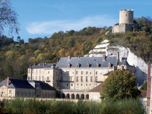 La Roche-Guyon (Val-d'Oise), l'un des Plus Beaux Villages ...