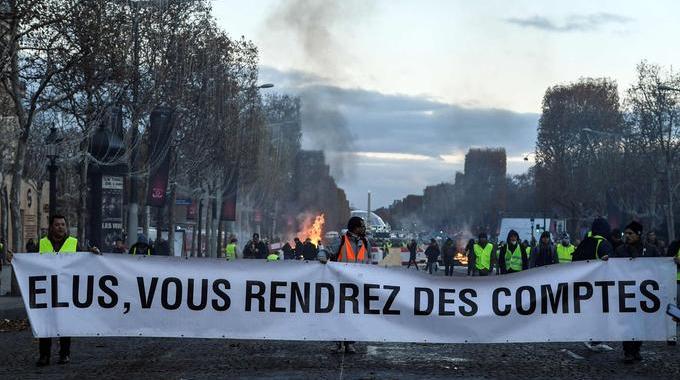 Pancartes, tags, slogans : ce que disent les mots des ...