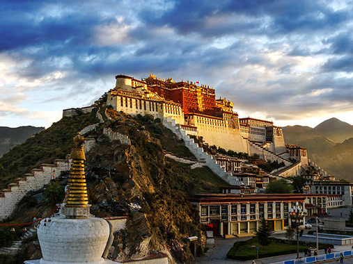 Tibet's Potala Palace undergoes repair - Sight to behold ...