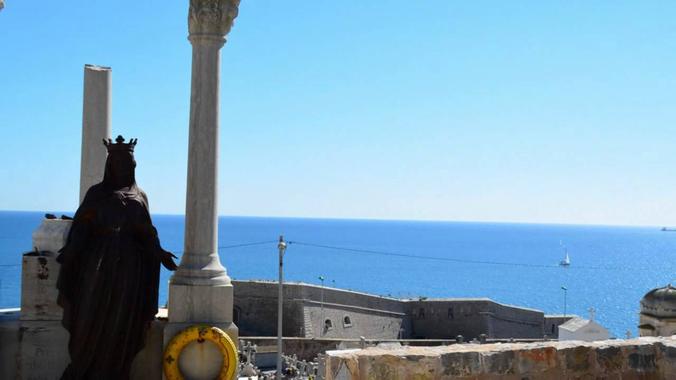 Le cimetière marin de la ville de Sète - YouTube