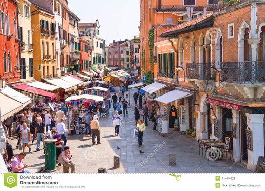 https://s1.qwant.com/thumbr/0x380/b/2/34f88dbf574d6b7f4dece5bd9a142e5b30277108cbc3db49f837b38c8264a9/commerce-anim%C3%A9-sur-le-march%C3%A9-un-des-rues-de-venise-italie-41464629.jpg?u=https%3A%2F%2Fthumbs.dreamstime.com%2Fz%2Fcommerce-anim%25C3%25A9-sur-le-march%25C3%25A9-un-des-rues-de-venise-italie-41464629.jpg&q=0&b=1&p=0&a=1